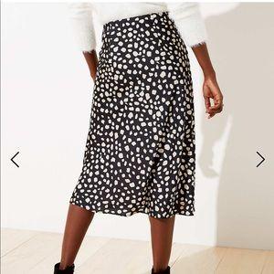 NWT Loft Leopard Pull On Midi Skirt